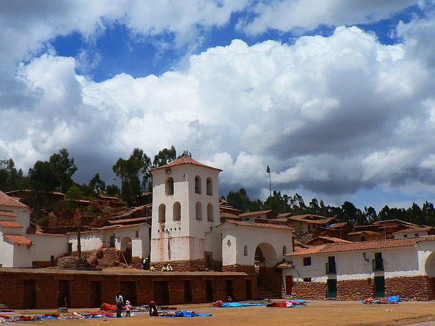 Chinchero's Colonial Buildings