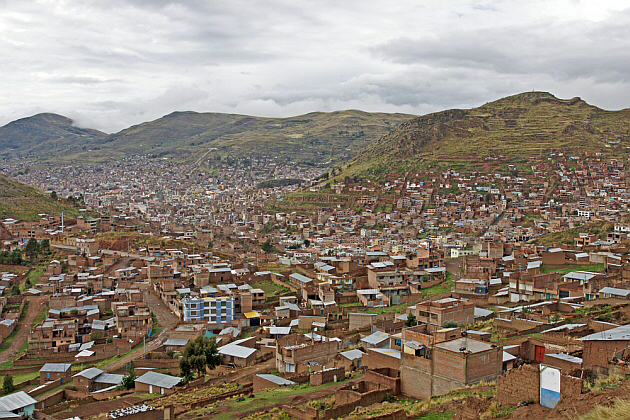 Puno Spreads Across Many Hills